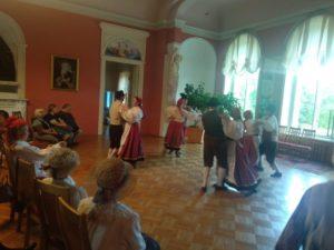 Peterburilased esinemas